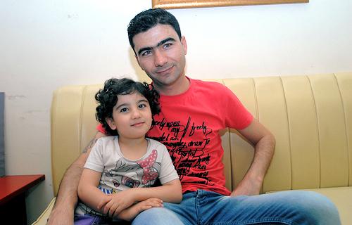refugee-family--greece