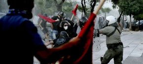 Greece, in Anti-Fascist Crackdown, Investigates Police