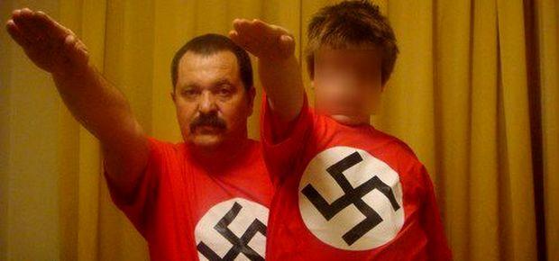 Pappas-son-nazi-salute-front